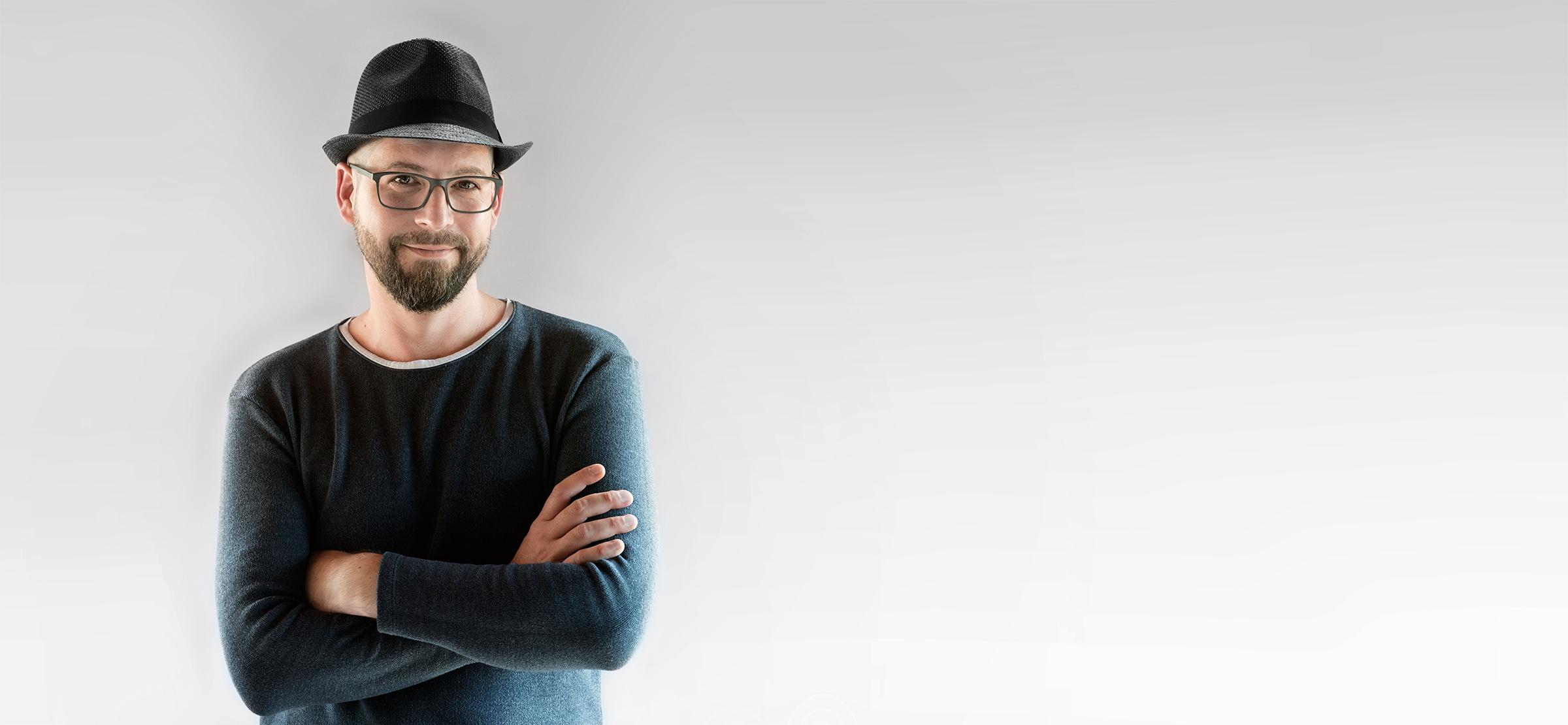 Simon Gayer Fotograf und Grafikdesigner aus Walheim